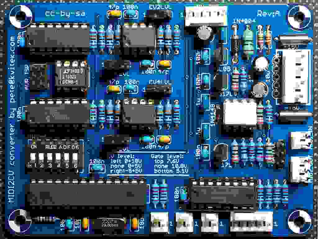 Midi2CV: Circuit Board with All Components Installed