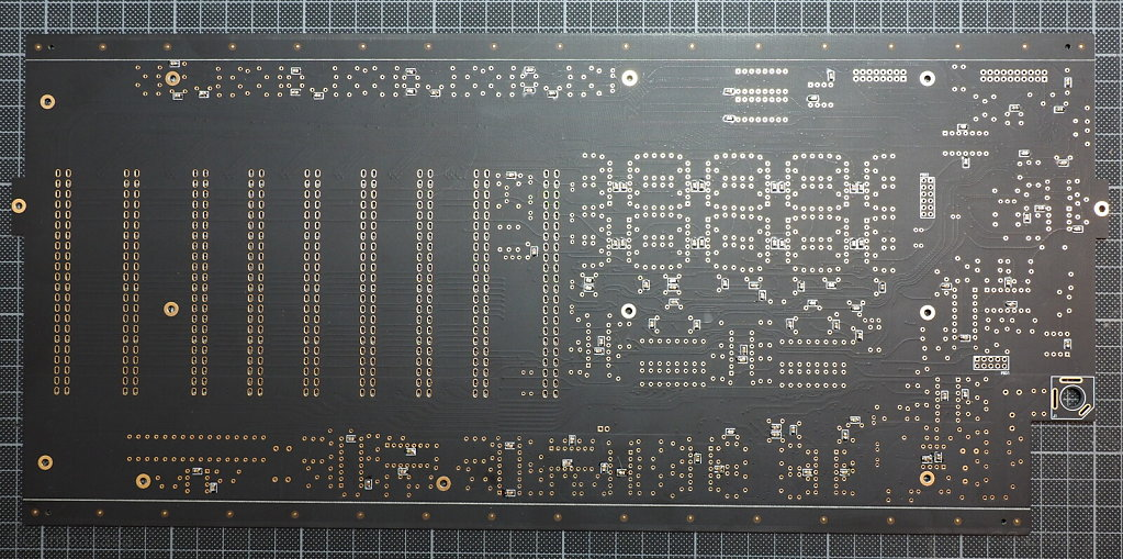 DDRM main board with SMD capacitors soldered