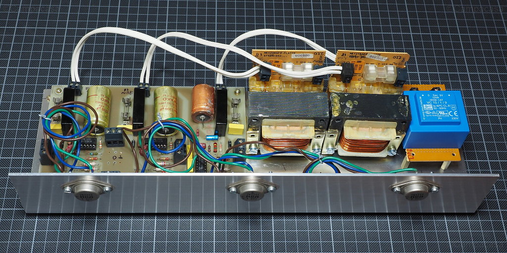 Mounted Formant Power Supply