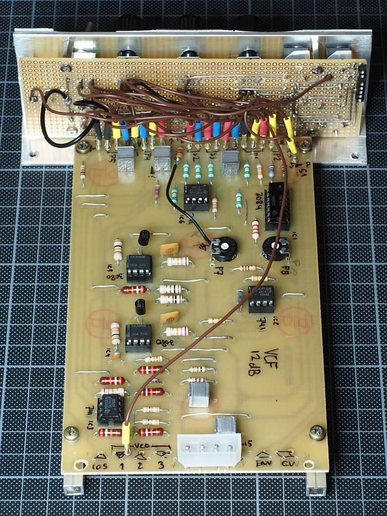 Formant VCF: Connections to Front Panel Board